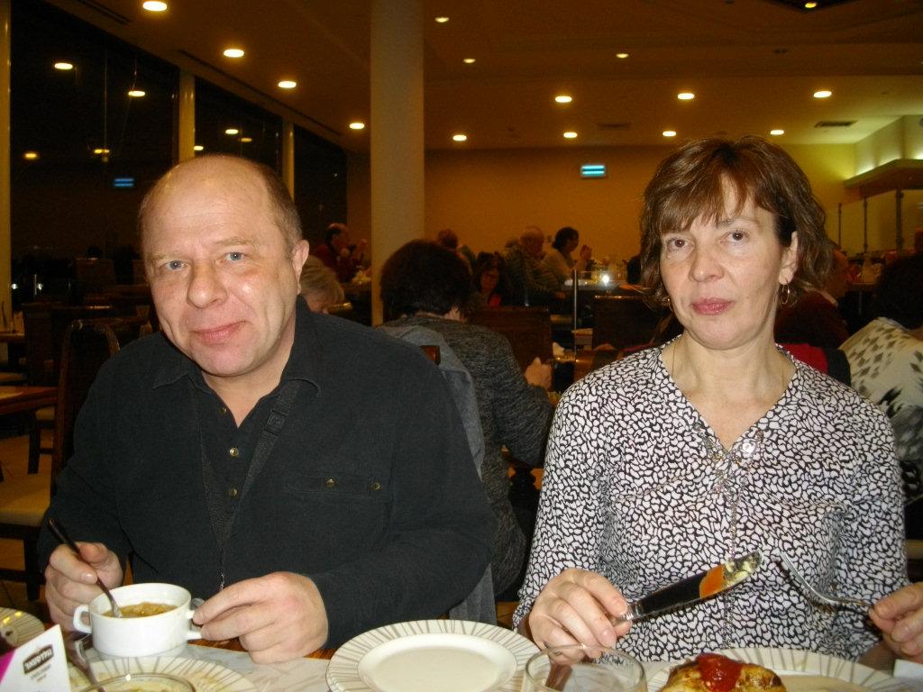 Мы с Аней в ресторане отеля на Мертвом море